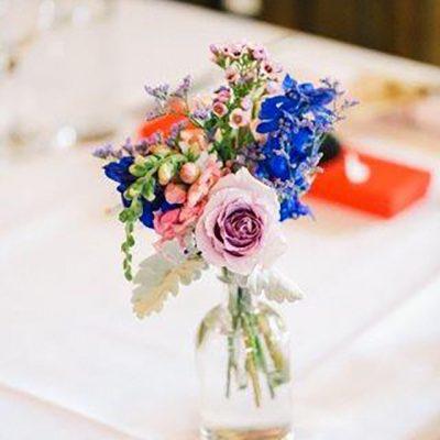 Beka & Con Wedding vase flowers